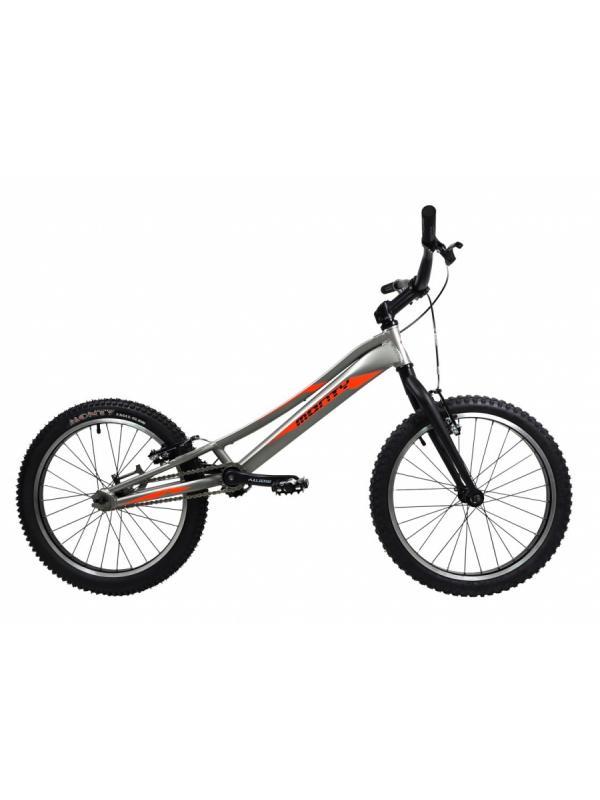 Monty 207 Kaizen 2018 - Nuevo modelo 207 Kaizen 2018. Nueva decoración. Ideal para la iniciarse en el trial para niños de 6 a 12 años. Frenos V-brake. Ruedas de 20 pulgadas.
