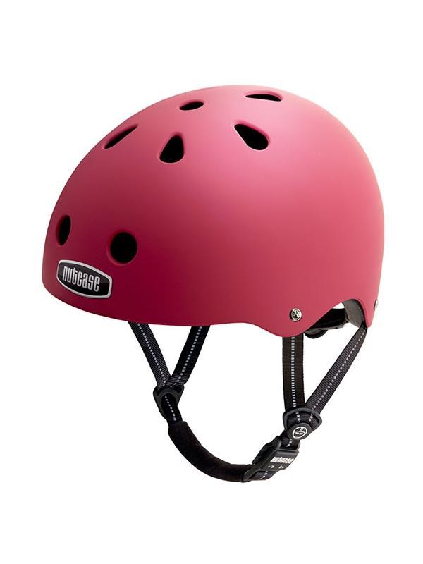 """Casco Nutcase Fire Engine Red - Seguridad y diseño no están reñidos. Nutcase, firma norteamericana nacida en 2005, se ha especializado en la fabricación de cascos multifuncionales con estampados llamativos y, por qué no, de aspecto cool. La línea está inspirada en los cascos urbanos de BMX y skate. Protección craneal, que trae por lema """"Love your brain""""."""