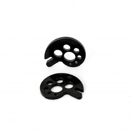 Tensores de cadena Comas - Tensores de cadena de la marca Comas. Incorpora múltiples agujeros para eliminar peso incesario. 49 posiciones para una major precisión del tensado de la cadena.